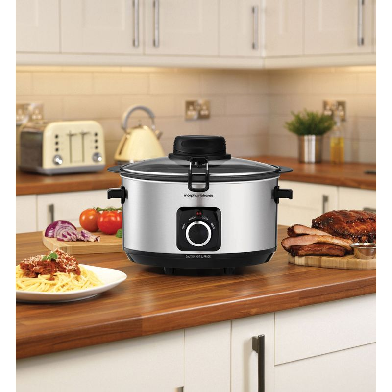 Slow-cooker-Morphy-Richards-Sear-Stew-and-Stir-461010